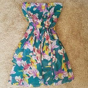 Sz. 0 Express Flower Strapless Dress
